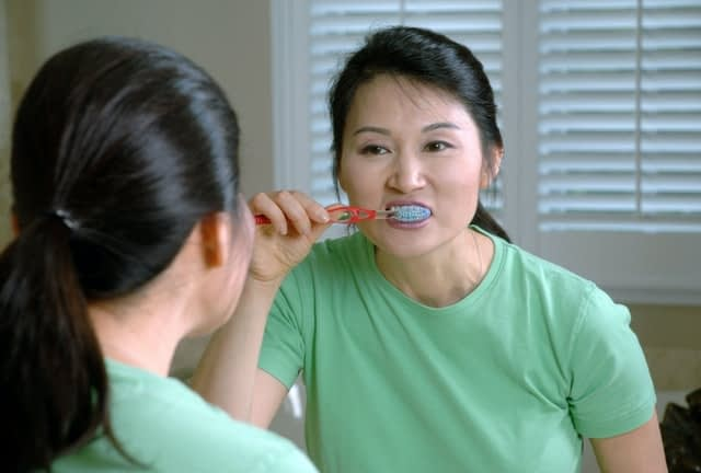 toothpaste: why are my lips so dry